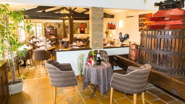 Accueil de la salle de restaurant - Auberge le Vieux Cellier, Le Cellier