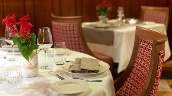 salle de restaurant - Les Trois Marchands, Cour-Cheverny
