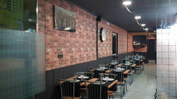 Vista sala - Let's Try Gastrobar, Barbera Del Valles