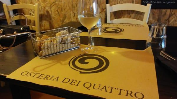 Tavolo esterno - Osteria dei Quattro, Sarzana