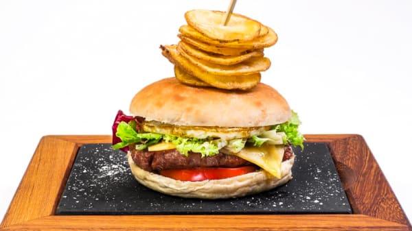 Burger - El Racó - Urquinaona, Barcelona