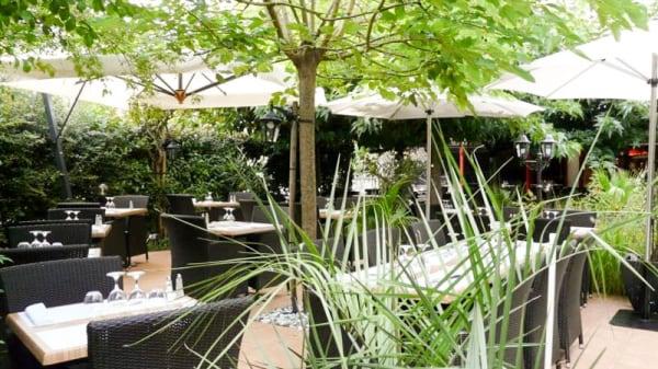 terrasse - Taverne de Maître Kanter, Saintes