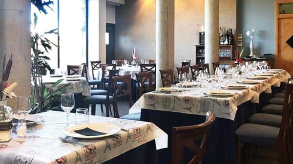Vista sala - Restaurante L'Ancora, Oliva