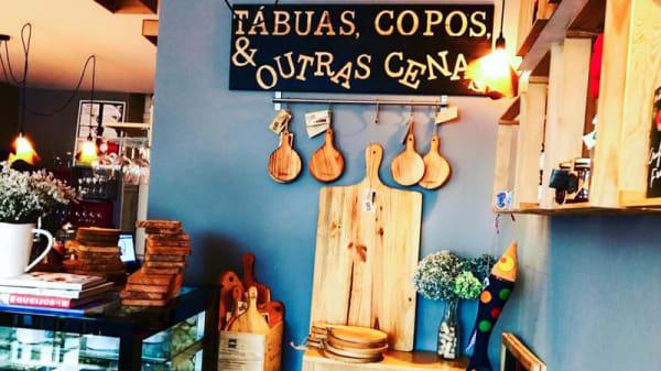 Vista do interior - Tábuas, Copos & Outras Cenas, Braga