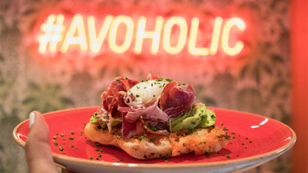 Tostada de jamón ibérico - Avohaus, Madrid