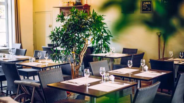 la salle de restaurant - Le Petit Jardin, Villeneuve-d'Ascq