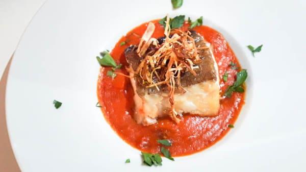 Bacalao con tomate - Elpikofino, Valdemoro