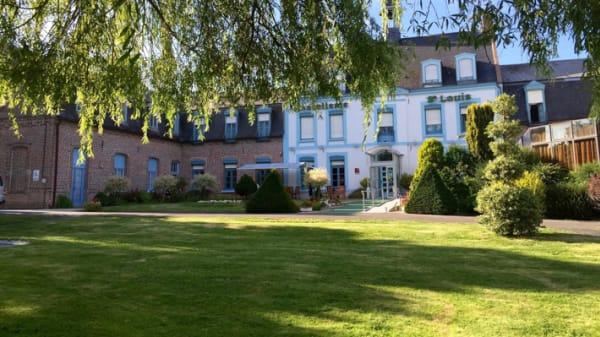 Devanture - Hostellerie Saint-Louis, Bollezeele
