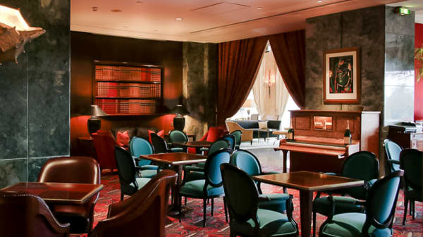 Sala - Ritz Bar / O Japonês, Lisboa