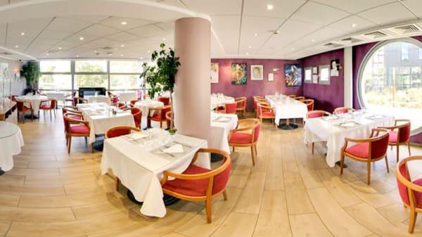 La Salle du Restaurant - Le Chateaubriand Chatenay Malabry, Châtenay-Malabry