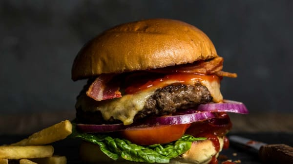 Cast Iron Burger - Cast Iron Swindon, Swindon