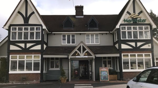 Harvester - Compasses, Hornchurch