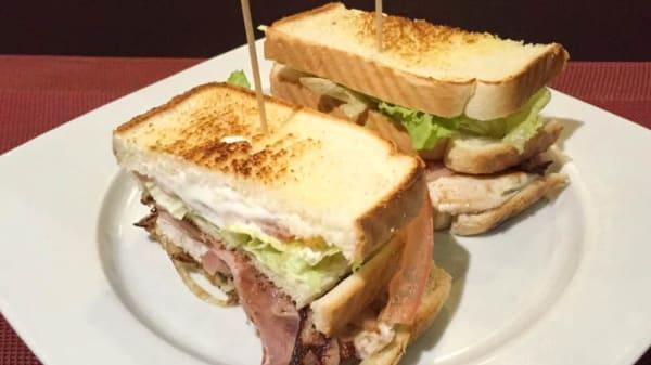 Sandwich - Sándwich, Bilbo