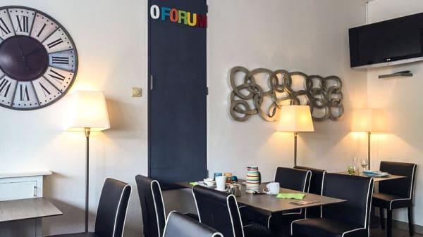 Salle du restaurant - O Forum, Nemours