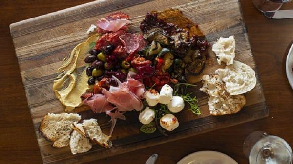 Bistro Platter - Cypress Lakes Bistro and Bar, Pokolbin (NSW)