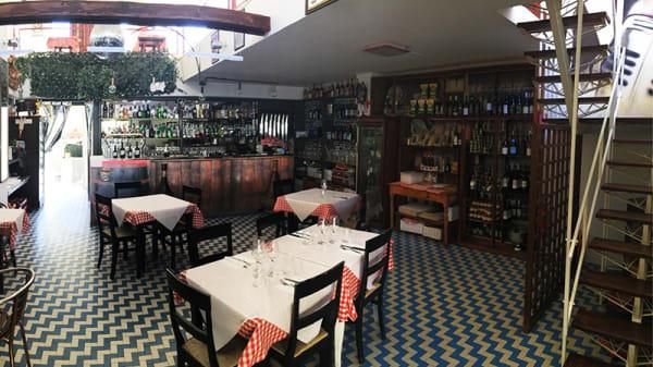 Vista della sala - Bar Trattoria Ponticelli, Senigallia