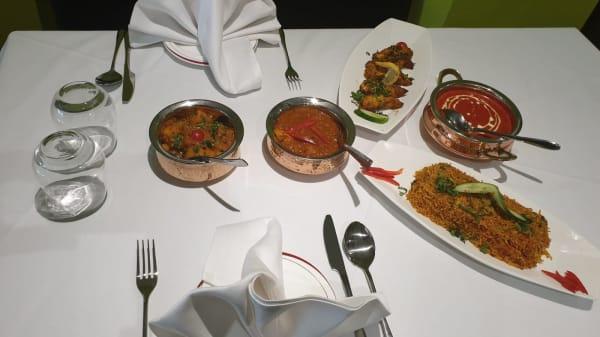 Food - Meezban Indian Cuisine, London