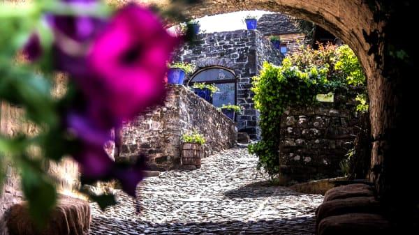 Esterno - Borgo Casale, Buzzo'