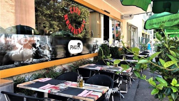 Terrasse - Cafe du Stade, Carouge