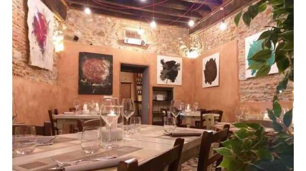 Sala - Taverna le Gradole, Seravezza