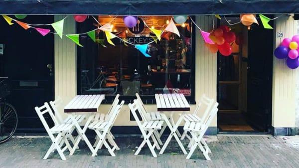 Ingang - Mickey's Caucasian Kitchen & Bar, Haarlem