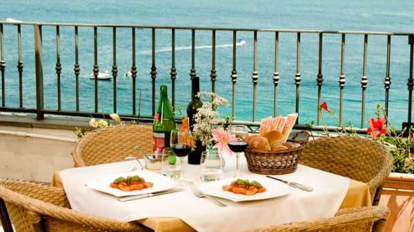 Tavolo per due - Terrazza Maresca, Capri