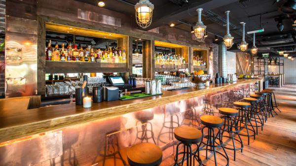 Restaurantzaal - Scharrels en Schuim, Rotterdam