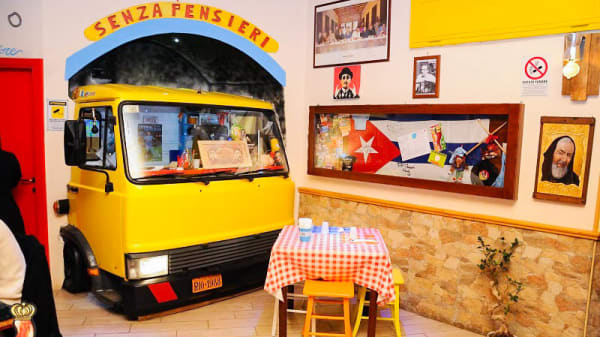 Vista sala - Senza Pensieri Taverna Antisfiga Pub Pizzeria, Qualiano