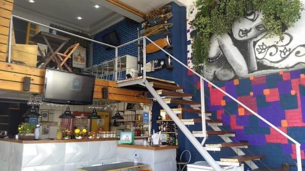 Vista do interior - Açai Roots Bar, São Paulo
