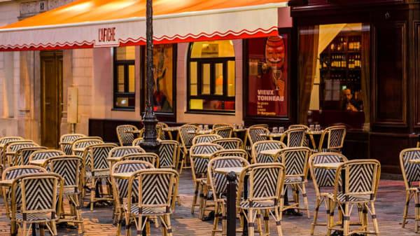 Terrasse - L'Affiche, Paris