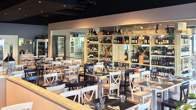Sala - B Cucina e Pizza, Cecina