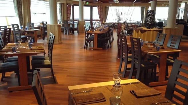 Salle intérieure - Coté Cuisine