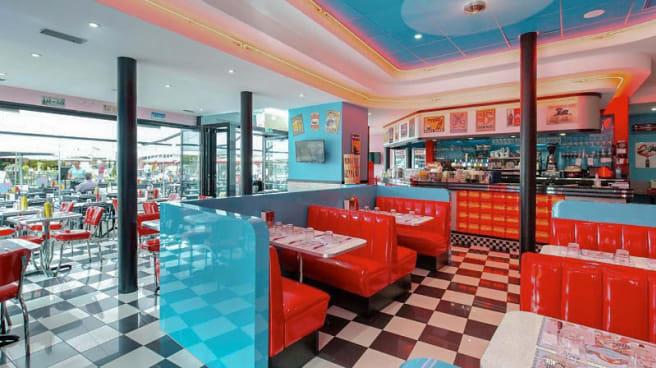 vue de la salle - Madison Cafe Diner, Nantes
