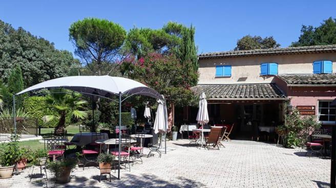 Terrasse - Le Relais Gourmand, Mouans-Sartoux