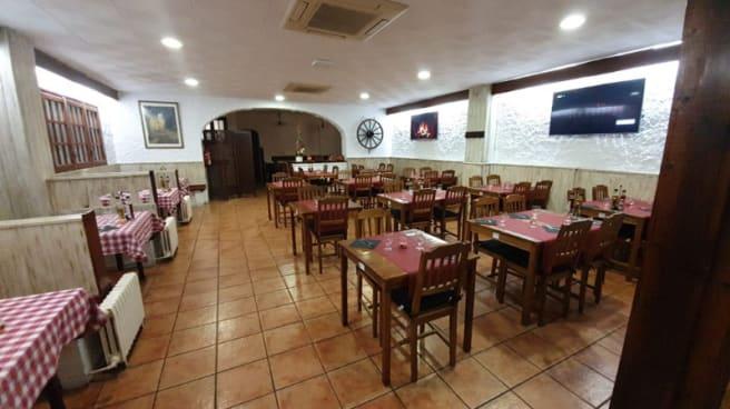 Vista de la sala - La Cabaña Restaurant, Pineda De Mar
