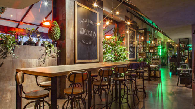 Vista sala - BeerGarden Isola, Milano