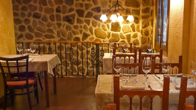 Vista sala - Asador Txoko, Toledo