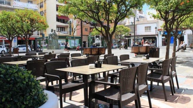 Terraza - Cinco Cepas, Fuengirola
