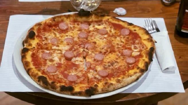 Pizza - Dario's Pizza, Perugia