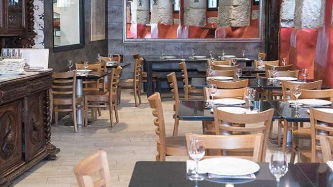 Interior del Restaurante - La Cava de CasaMaría, Madrid