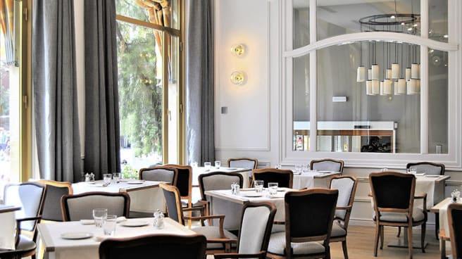 Sala - Terraza Restaurante Catedral 1951, Barcelona