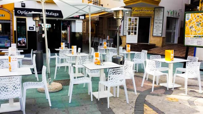 La terrazza - Terraza Etxezuri Café, Marbella