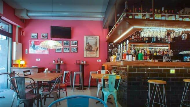 sala - Notorious Jazz Café, Barcelona