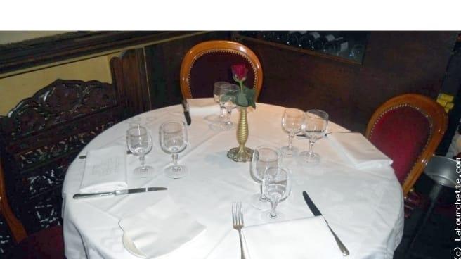 Table dressée - Mina Mahal, Paris