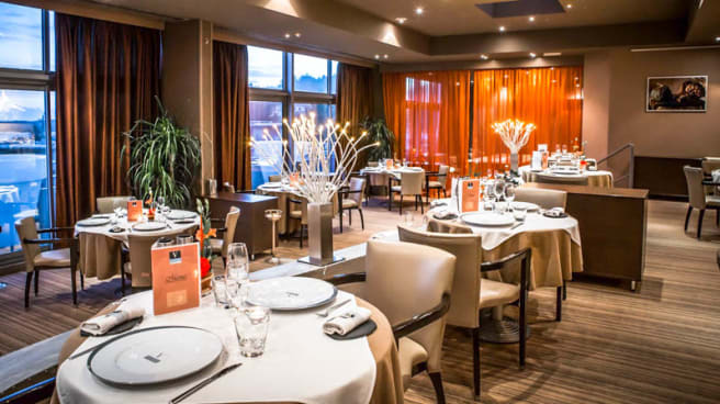 Salle - Restaurant Gastronomique Vatel -Carte & Menus - 6ème Etage Vue panoramique, Nîmes