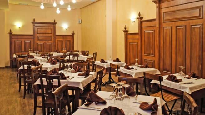 Sala - L'Alpino Pizzeria Severo Ochoa