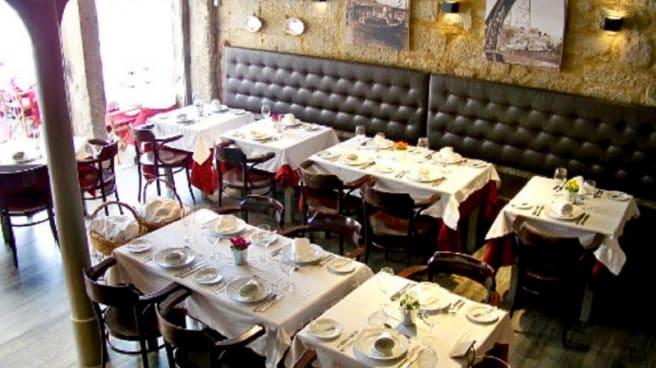 Vista da sala - Restaurante Mercearia, Porto