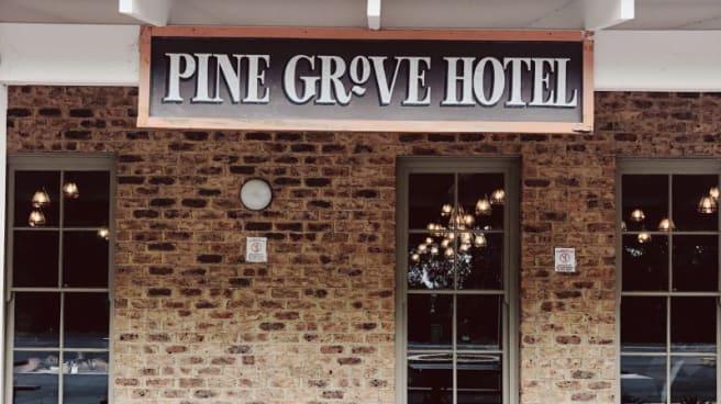 Pine Grove Hotel, Beaconsfield Upper (VIC)