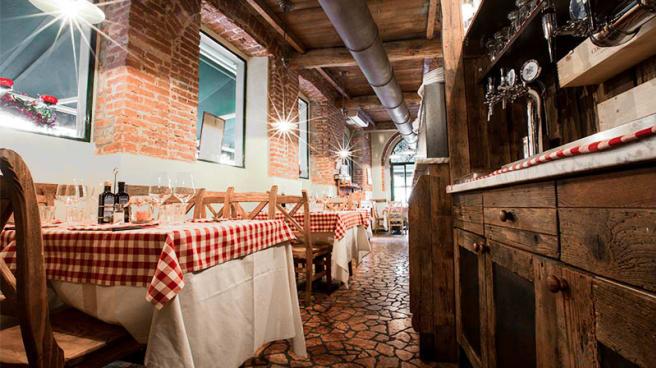 La sala - Taverna del Borgo Antico, Milano
