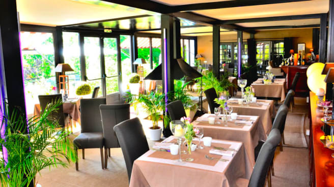 Salle de restaurant Country Club - Hostellerie du Country Club, Samois-sur-Seine